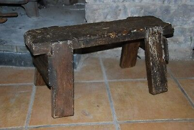 Distressed Character Small Pig Bench