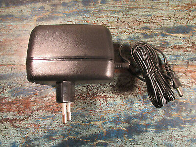 Gleichstrom Netzteil AD231210 Out 12V=/1000mA/12VA In 230V~/50Hz AC DC Adapter