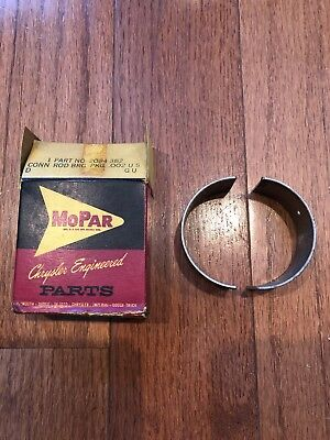 New Old Stock Mopar Auto Parts Chrysler Connecting Rod Bearing Part No. 2084 382