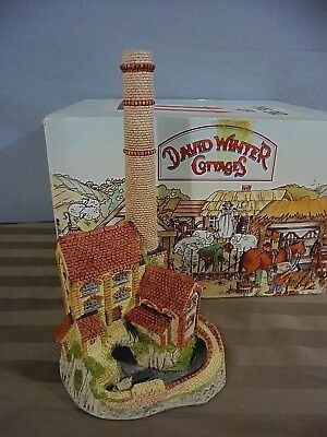 1987 David Winter The Midlands Collection Derbyshire Mill Cottage Sculpture -Box