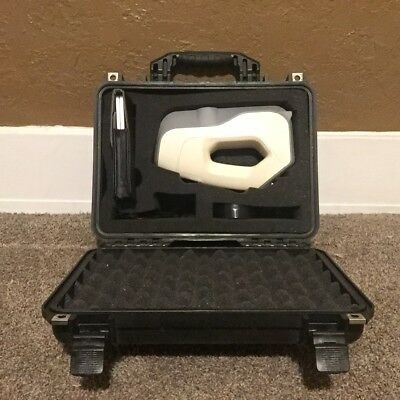 Artec Eva professional grade 3D Scanner with carrying case and battery