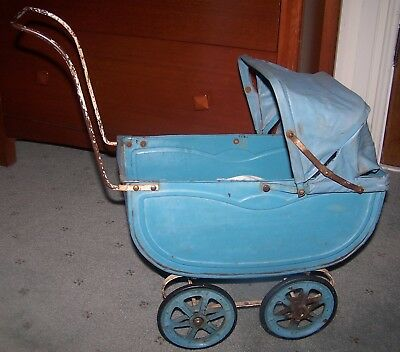 Vintage Australian Metal Cyclops Dolls Pram - Unrestored