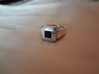 #171--Vintage Sterling Silver Ring--925--Size--8.5--With Nice Stone--