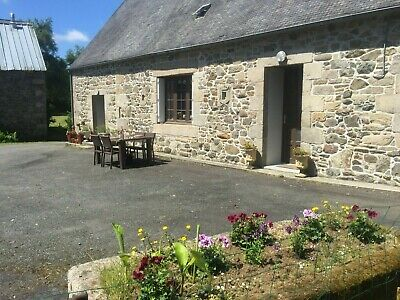French Gite Brittany Rural location Holiday Spacious House sleeps 6 Large Garden
