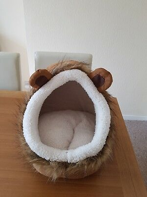 Novelty Cat Bed Lion Cat Kitten Snuggle Den Pet Bed