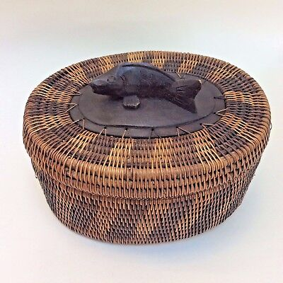 Woven Cane Wicker Basket Box with Lid Carved Wood Fish Finial PNG Solomons