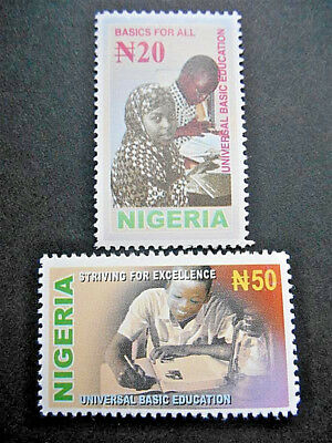 Nigeria 2003 Universal Basic Education set SG 800-1 MNH; Pupils in class, book