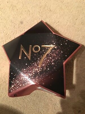 Boots No7 Starry Eyes Gift Box Eye Shadow & Primer Amazing Eyes Pencil & Mascara