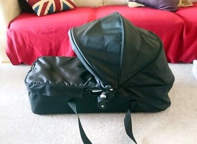 Baby Jogger Versa Compact Carrycot