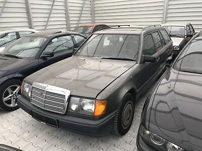 Mercedes-Benz 230 TE Aut. W124 S124 Mopf0 2.Hand Oldtimer