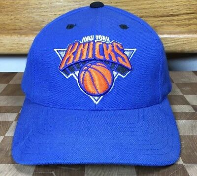 475470c9d0b Vintage Snapback NY New York Knicks Cap Hat Logo Athletic Official NBA New