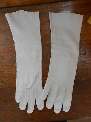 vintage leather gloves,pre-owned,Made in Italy,ivory,size:7.5,length:13