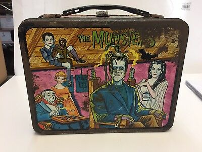 Vintage 1965 The Munsters King Seeley Tin Metal Lunchbox No Thermos Lunch Box