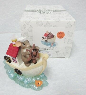 """Charming Tails 82/126 """"You' Tug At My Heart"""" Brand New in Box"""