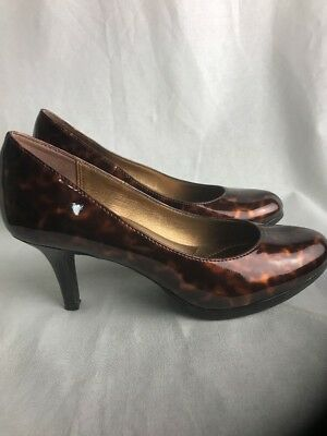 c993fcb116f0 Kelly and Katie Preowned Patent Leopard Print Round Toe Pump Heels SZ 6