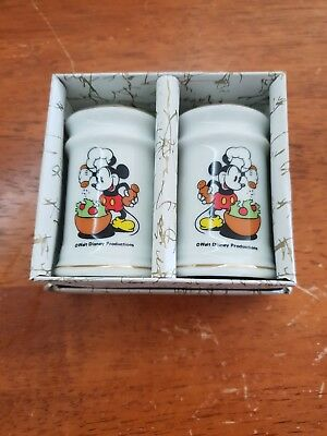 Disney Mickey Mouse: Vintage Salt & Pepper Shakers (As New)