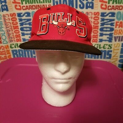 57ea7cc2f4b9ac ... sale vintage chicago bulls hat snapback cap nba authentic 90s red de297  c99b2