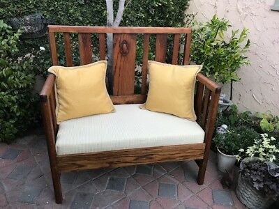 Stickley Style Solid Oak Bench/Setee - perfect.