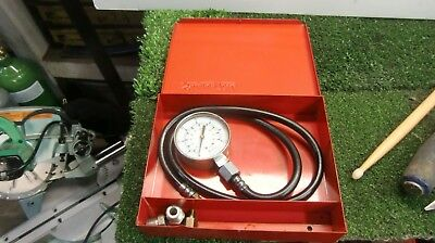 Snap On Kilopascal Compression Tester With Original Metal Case And Fittings.