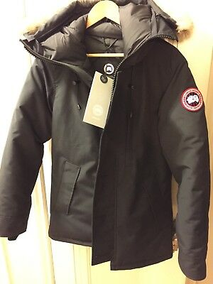 NWT Canada Goose Chateau Parka Fusion Fit Mens Small Navy Down Coat Jacket a8676ea3e034