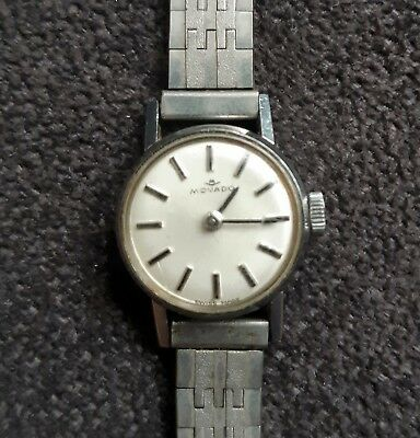 Old Vintage Small MOVADO Zenith 17 Jewels Women Watch - WORKING