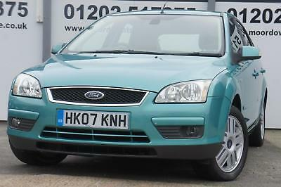 Ford Focus 1.8 Ghia 5 Door