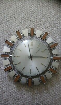 1970s SUNBURST METAMEC QUARTZ WALL CLOCK VINTAGE RETRO, BATTERY INCLUDED.