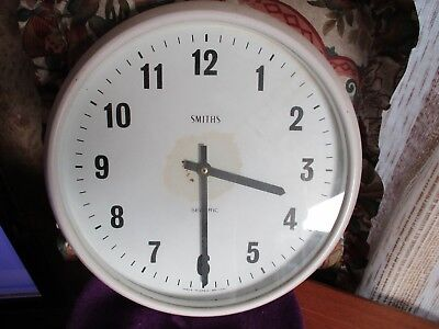 vintage large smiths sectric bakelite/plastic wall clock