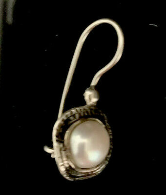 One SILPADA sterling Silver Israeli 925 Fresh Pearle French Wire Lock Earring