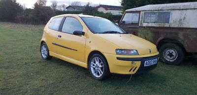 Fiat punto sporting 1.2 16v 6 speed spares or repairs