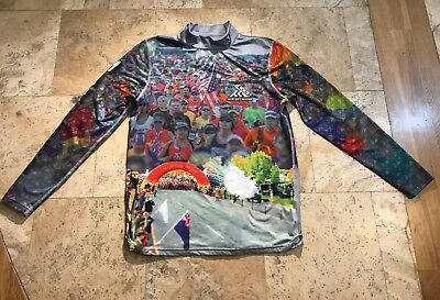 Official 2018 Marine Corps Marathon Shirt Men's MEDIUM MCM 26.2 Running Mock