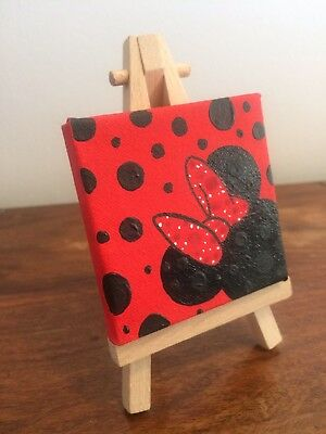 Hand Painted Minnie Mouse DISNEY Mini Canvas And Easel 7cm x 7cm