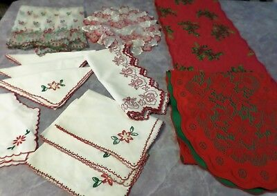 Lot Vintage Doilies Table Runner Curtain Napkins Red White Holiday Poinsettias