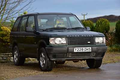 Green Range Rover, 2.5, 6 cyclinder BMW diesel engine. 01 plate. automatic.