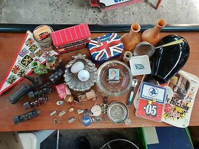 Vintage lot of various collectables
