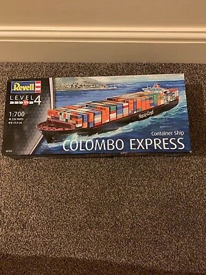Revell Colombo Express Container Ship Model, Level 4