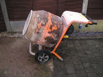 Belle minimix 150 cement mixer electric 240v. Used.