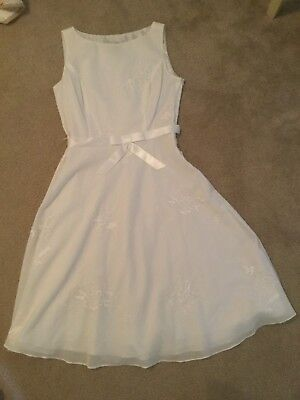 Adrianna Papell ladies 6 creamy white sleeveless lined dress pearl embrod dress