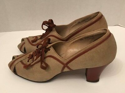 Vintage 1940's spectator peep toe shoes, canvas lace up, label says 6 1/2aaa