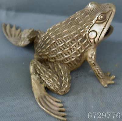 Chinese Ancient Collectable Old Miao Silver Carve Jump Frog Souvenir Art Statue