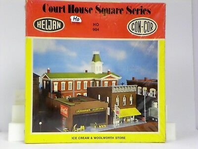 """Heljan/con-Cor Ho U/a""""ice Cream & Woolworth Store"""" Court House Square Series Kit"""