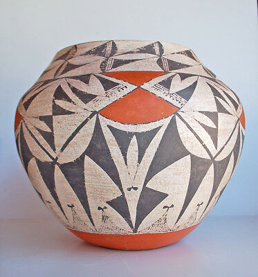 Vintage Large Acoma Pueblo Indian Pottery Olla Classic Design Old Indian Pot