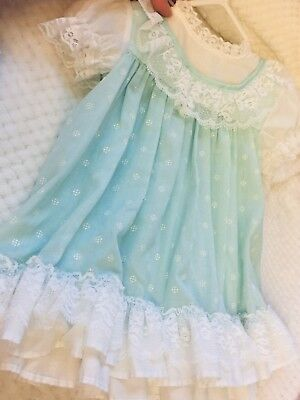 **Vintage** Baby Girl Size 12 Months Light Blue w/ Polka Dots & Lace Dress