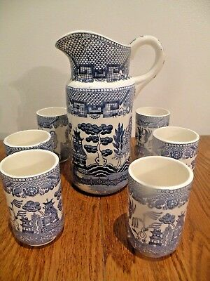 Vintage Blue Willow Tall Juice Pitcher And 6 Tumblers Japan