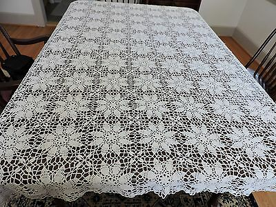 """Vintage hand crochet net lace Bed cover 82 """" X 60"""" with floral pattern"""