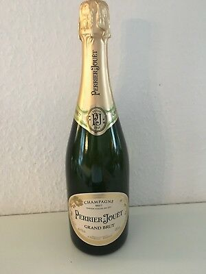 Perrier Jouet Champagner Grand Brut 12% 0,75l Flasche
