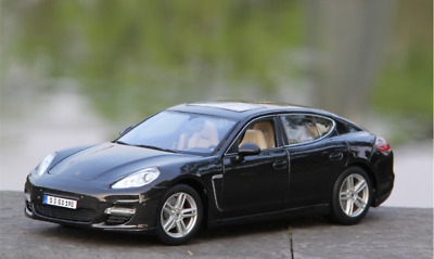 ba9e67f1aa2f 1-18 Scale - Maisto Porsche Panamera Turbo Alloy Diecast Model Car (Black)
