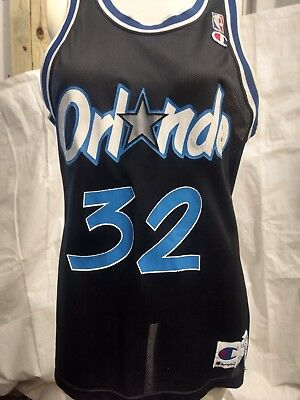 Vintage Champion Orlando Magic  32 Shaquille O Neal NBA Jersey Size 40  Small j8 1b12a5df0