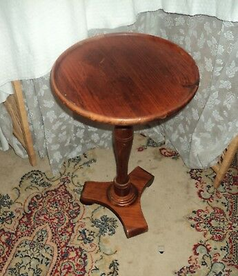 """Vintage Ethan Allen Antiqued Old Tavern Colonial Pine 14"""" Dia. Plant Stand Table"""