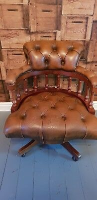Vintage chesterfield Swivel Office Chair